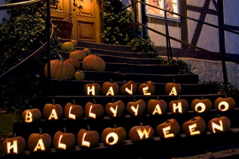 pumpkins-with-lights